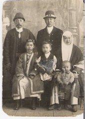 Потомки бия ага-султана Казангапа. 1929 г..jpg