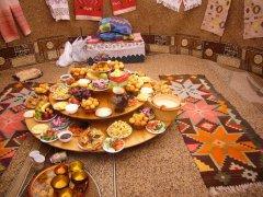 Внутри казахской юрты