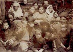 Казахские, французские, русские семьи