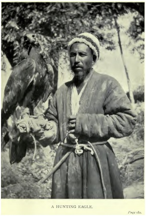 Охотник с орлом