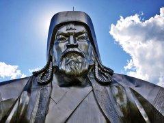 genghis-khan-statue_1.jpg